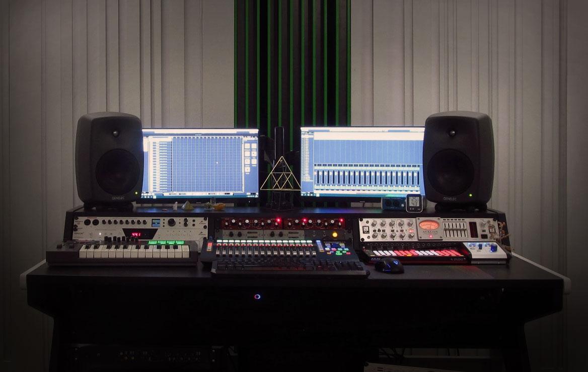 Studio F Acoustic Waves