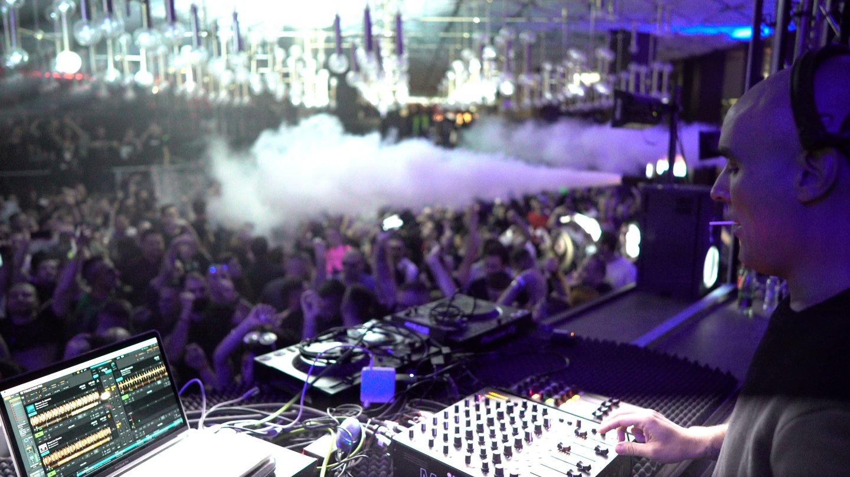 Paco Osuna Interview: A DJ's Life & Favorite Gear